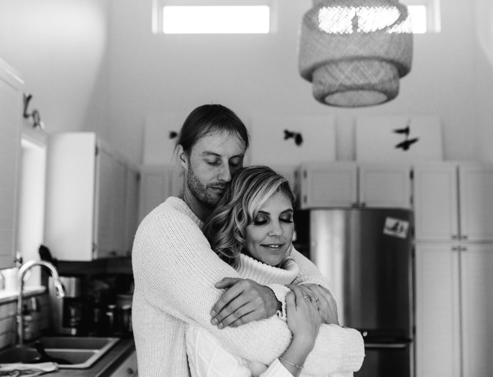Home Engagement Session Photos - Squamish Wedding Photographer - Squamish Engagement Photos -  Vancouver Wedding Photographer & Videographer - Sunshine Coast Wedding Photos - Sunshine Coast Wedding Photographer - Jennifer Picard Photography - 1A5A2141.jpg