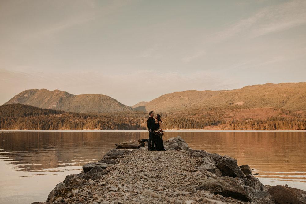 Sunshine Coast Engagement Photos - Sunshine Coast Wedding Photographer - Vancouver Wedding Photographe332r .JPG