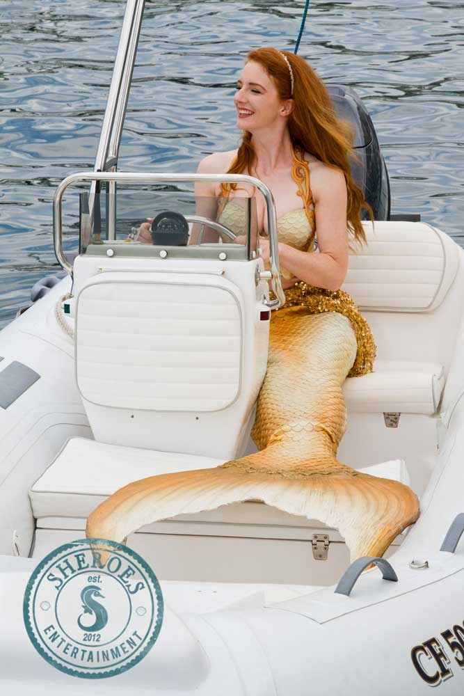Catalina-Mermaid-Driving-Boat---WEB.jpg