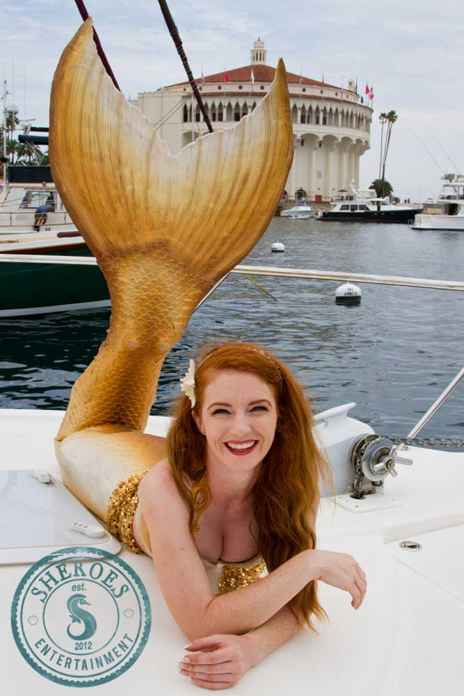 Catalina-Mermaid-on-Island-Boat-in-Avalon-Harbor.jpg