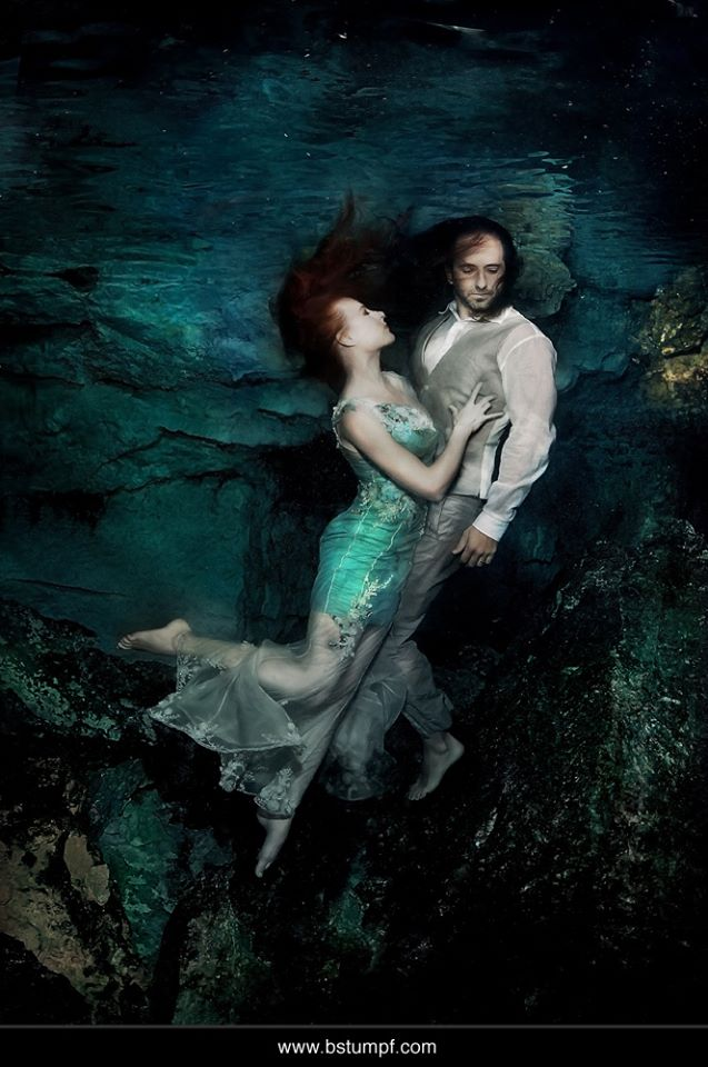 Brenda Stumpf Jessica Johnson Wedding Underwater shoot.jpg