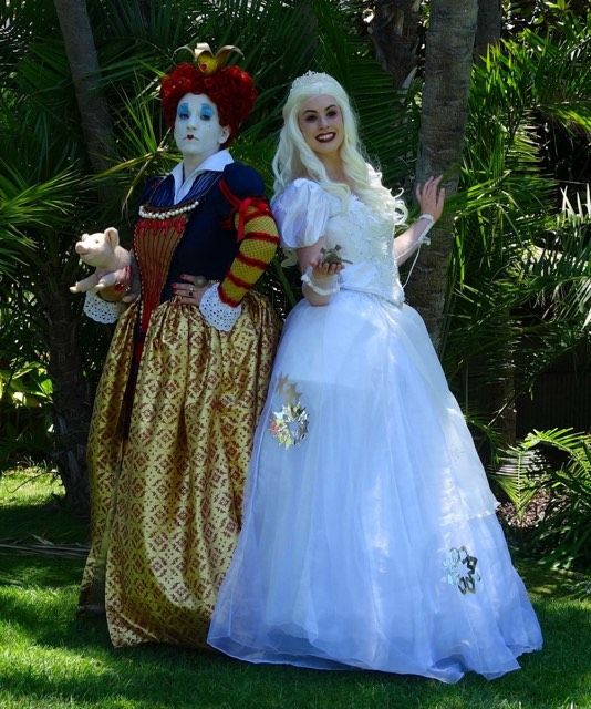 Queen of Hearts and White Queen.jpg