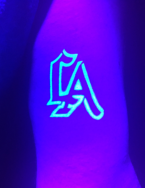 Blacklight Airbrush - LA Dodgers.jpg