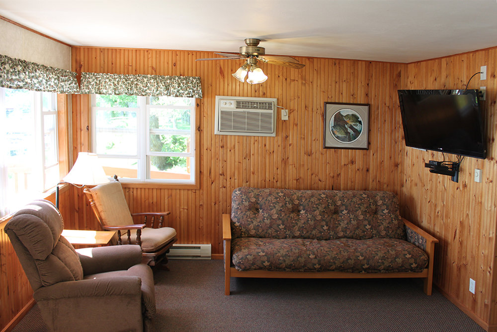 Cabin 4 LR.jpg