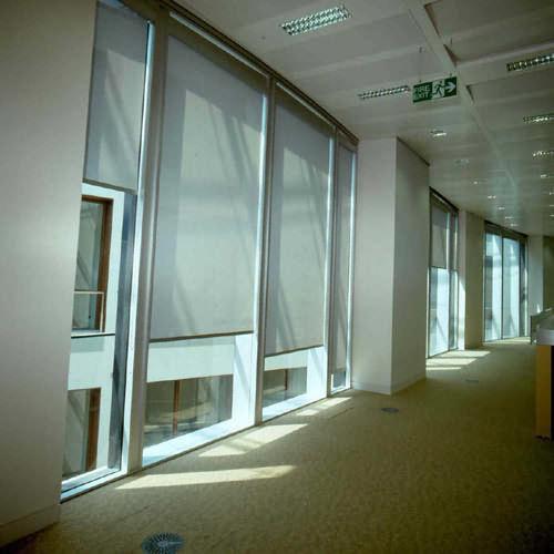 textile-roller-blind-62376-1639783.jpg