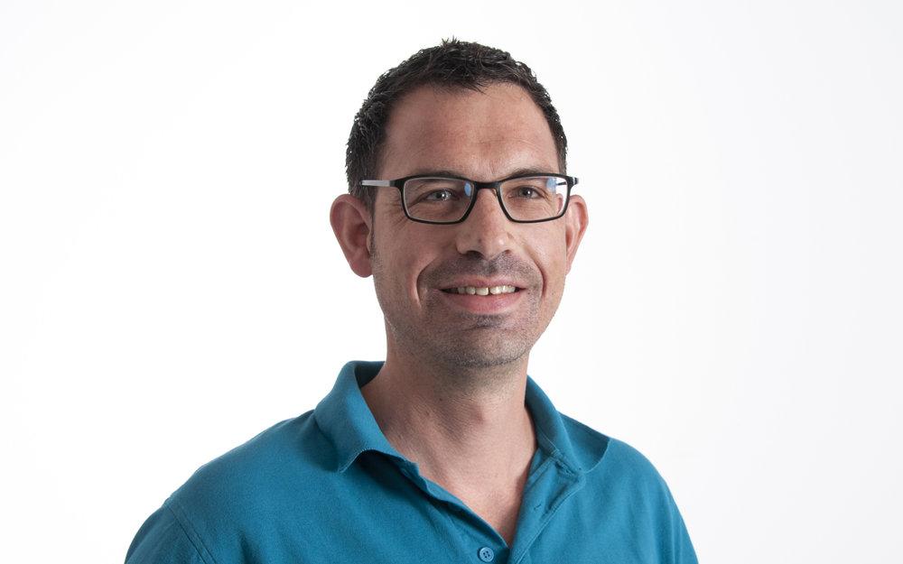 Joel Büschlen  Geschäftsleitung / Projektleiter  j.bueschlen@flexobau.ch