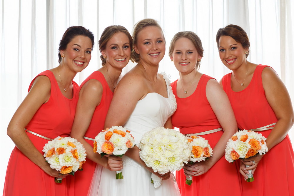 4 Bridesmaids, not 10, that's a smart Bride!!