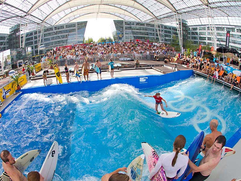 Catch a wave in the complimentary wave pool at Munich Airport each summer.