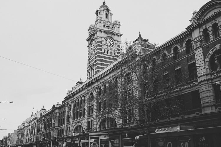 Flinders station Melbourne.jpg