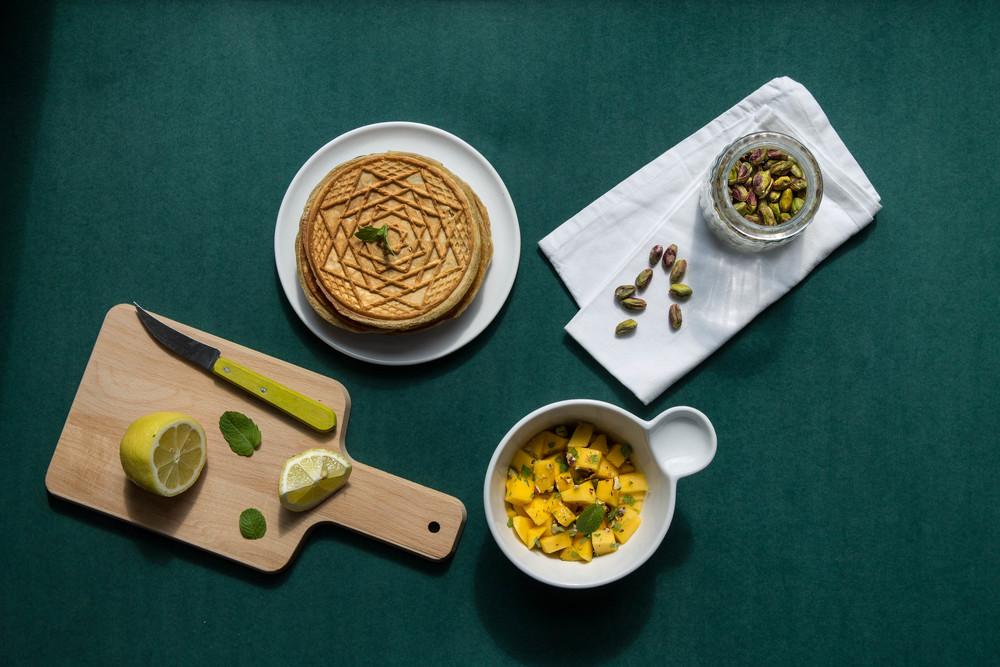 sauerteig-waffel-mango-minz-salat.jpg