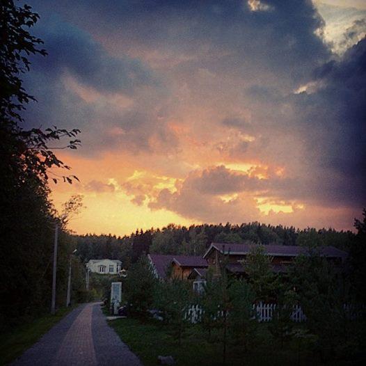 Вечернее потрясающее небо ( Евгения из St.Moritz)