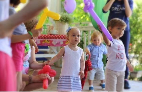Детский праздник в ресторане Skokovo park. День Рождения Арины (2 годика) из шале New-York. Фото Юлии из шале New-York.