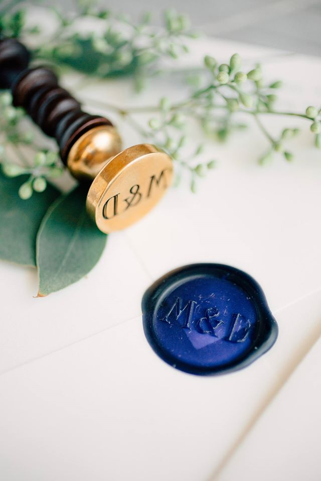 fourteen_forty_wedding_buzz_wax_seal.jpg