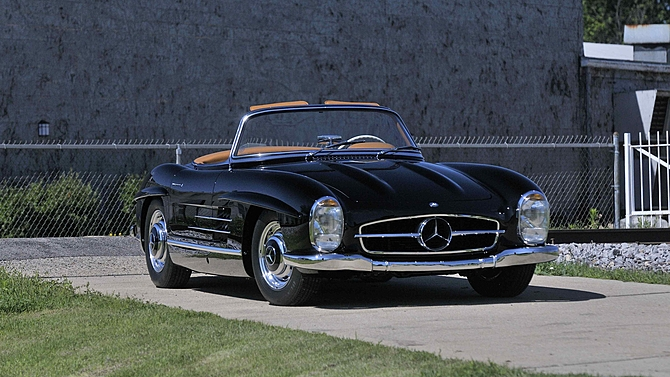 Mercedes 300SL Roadster at Mecum Auctions