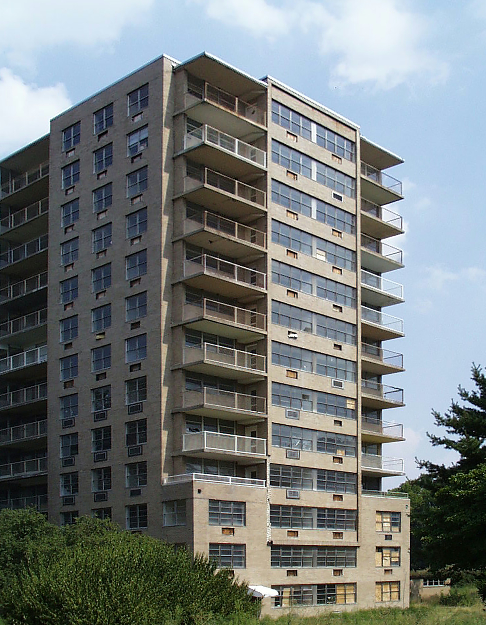 Exterior2 (2).jpg