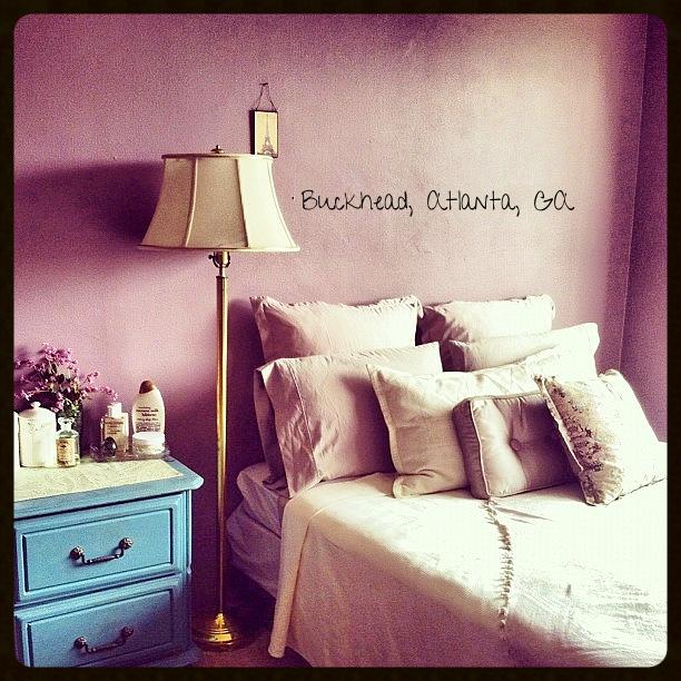 600 Sq. Ft Studio Apartment in Buckhead Atlanta. - Inspired by Paris (Fall 2012)