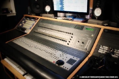 groove tunes professional audio recording equipment and instrument list music recording studio. Black Bedroom Furniture Sets. Home Design Ideas