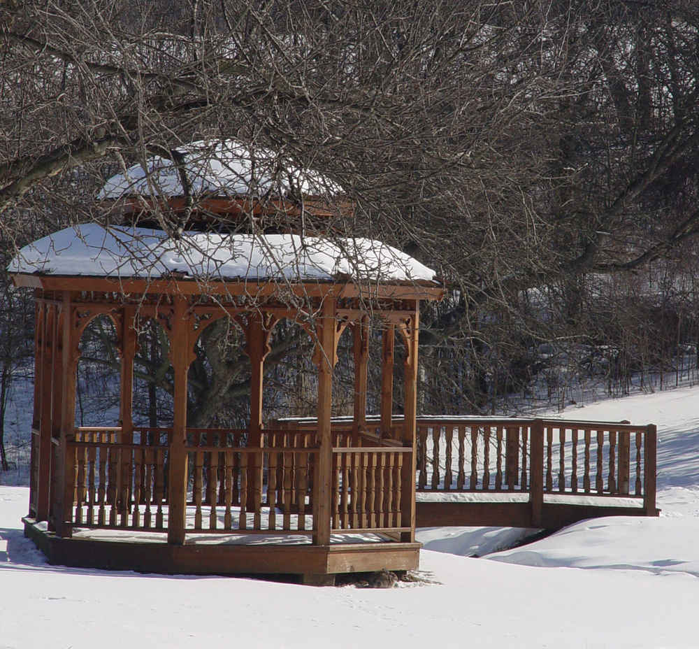 gazebo winter.JPG