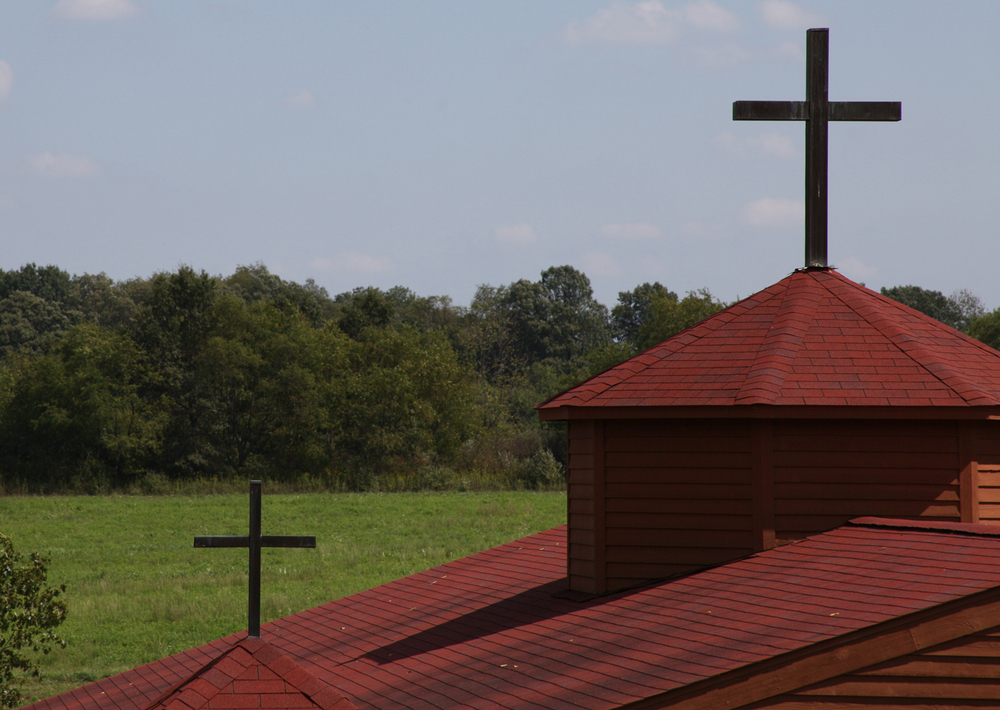 pavillian roof top crosses.JPG