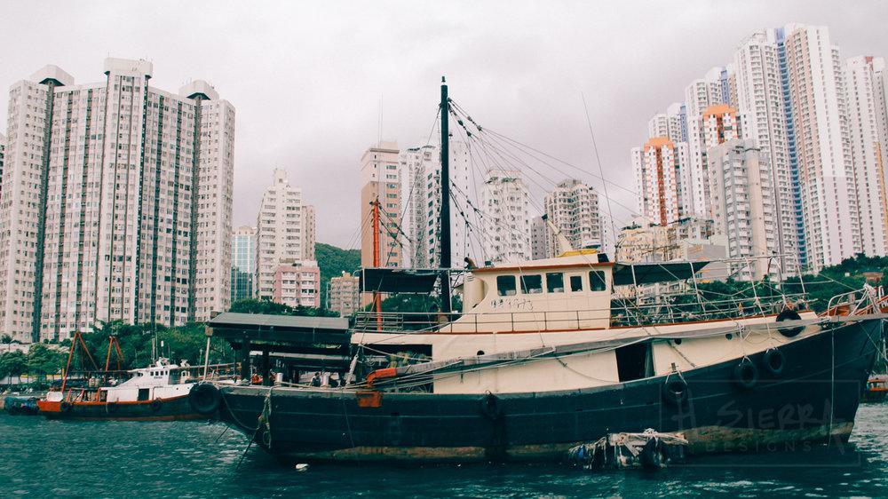 Boat Rides in Hong Kong