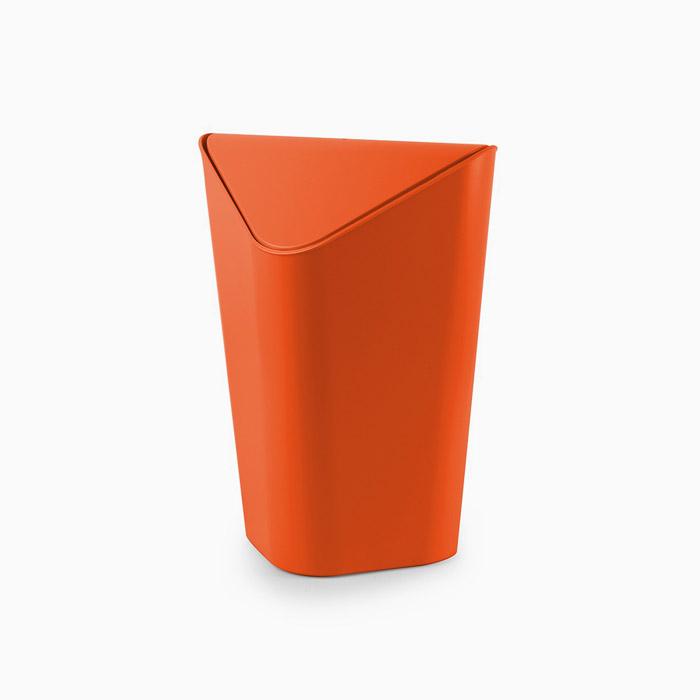 Corner Can