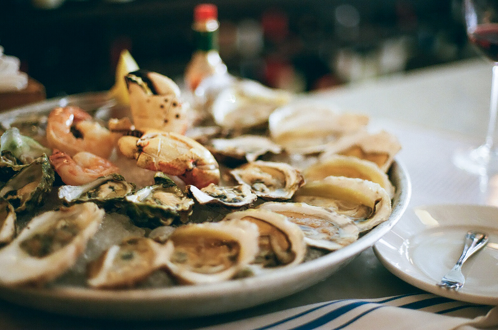 5 OYSTER SPOTS IN BOSTON WORTH SHUCKING OUT