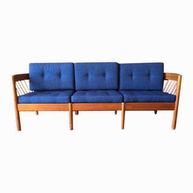 My Big Bold Sofa From Chairish Old Brand New