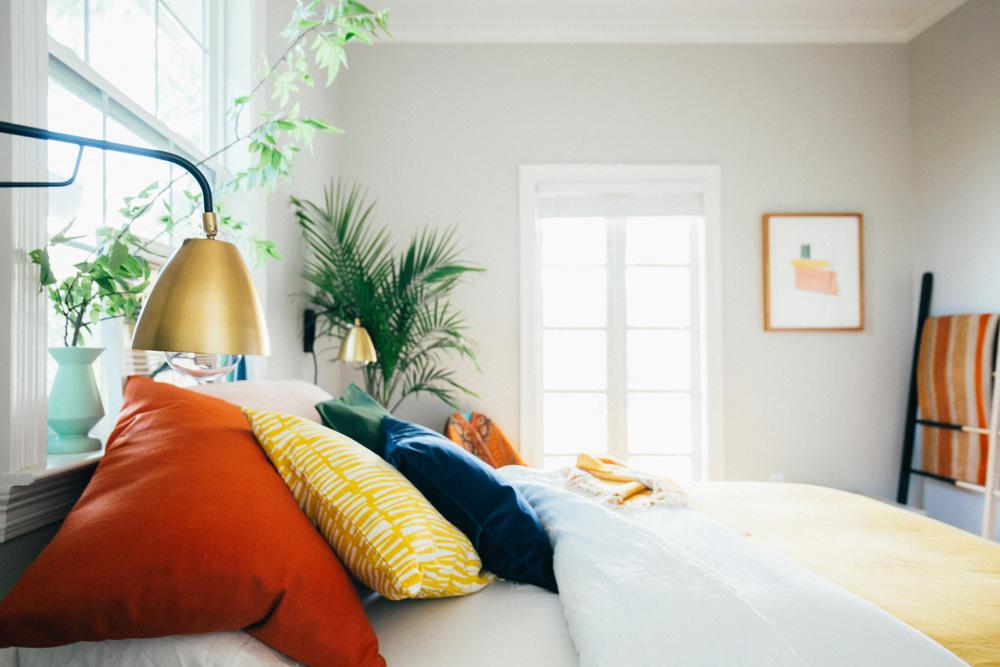 Old Brand New Guest Bedroom Update