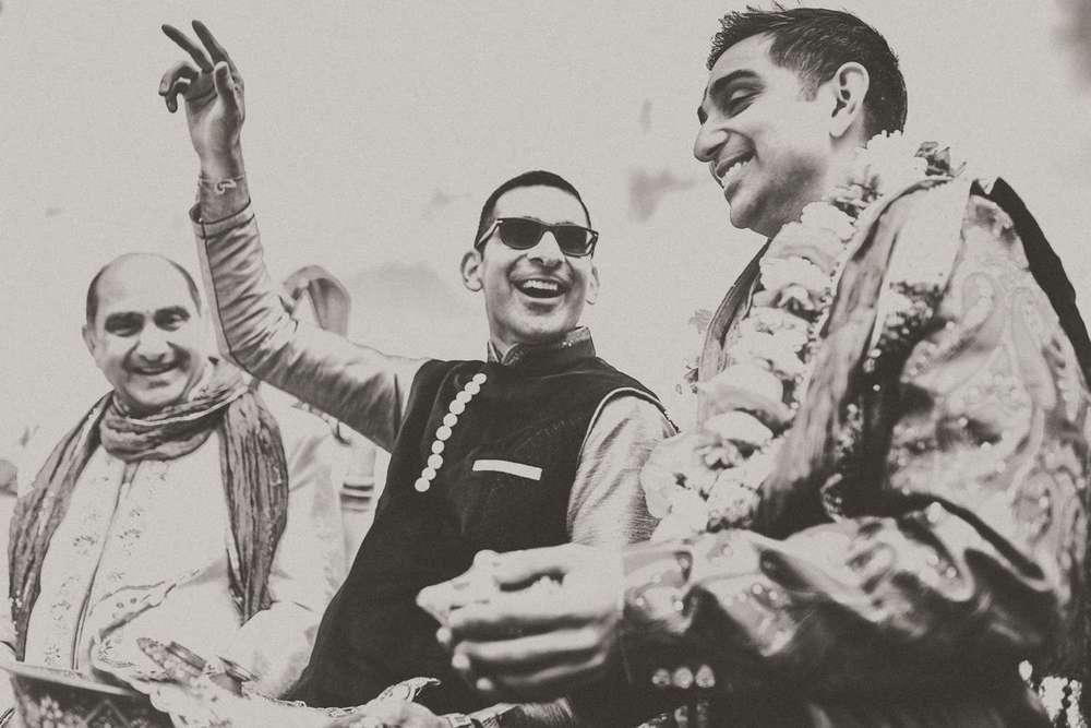 Hindu-Wedding-Photography-Paul-Liddement-Wedding-Stories-17.jpg