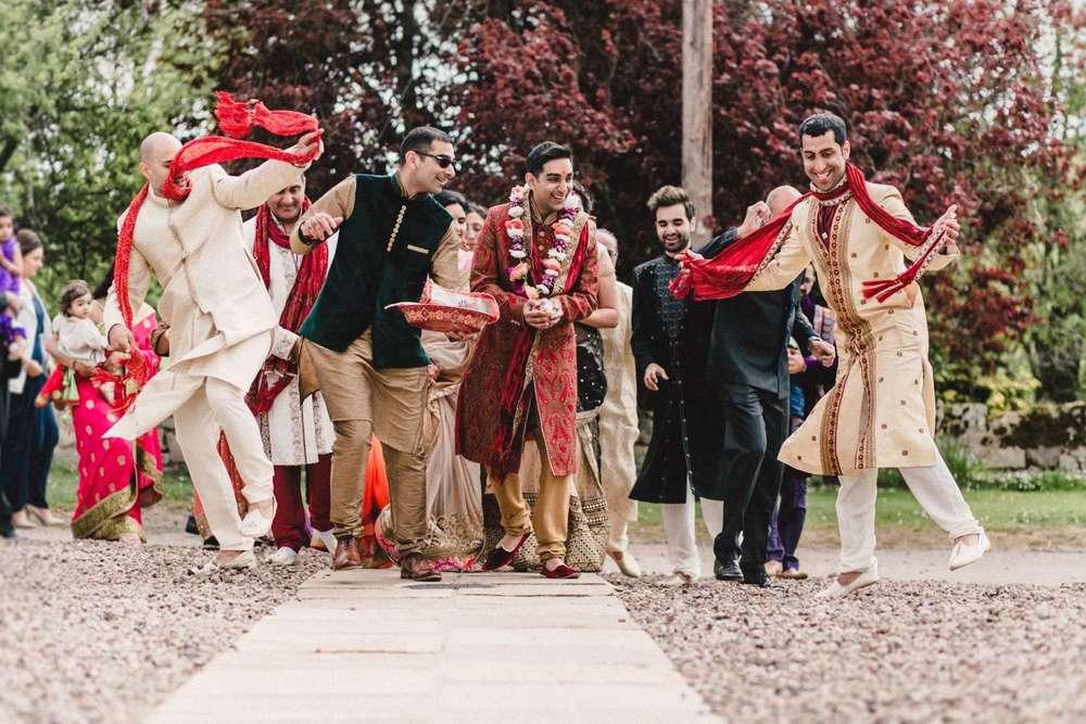Hindu-Wedding-Photography-Paul-Liddement-Wedding-Stories-18.jpg