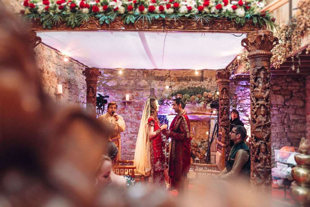 Hindu-Wedding-Photography-Paul-Liddement-Wedding-Stories-29.jpg