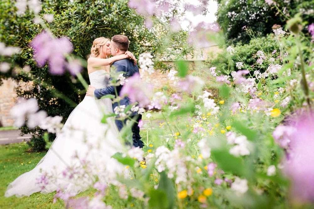 Stylish-Wedding-Photographer-Paul-Liddement-Wedding-Stories-40.jpg