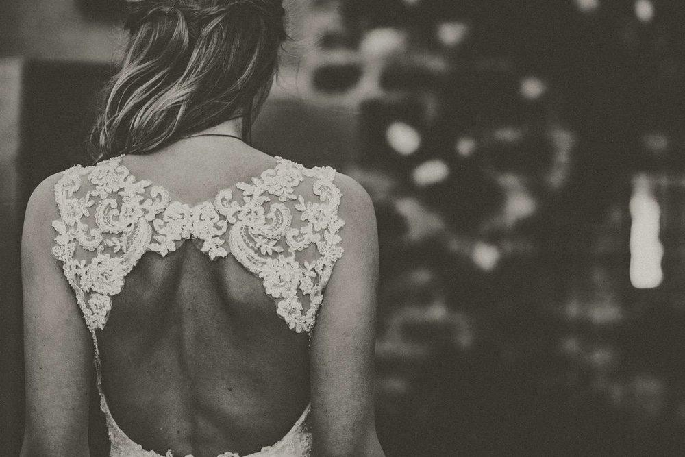 Wedding-photographer-Healey-Barn-13.jpg