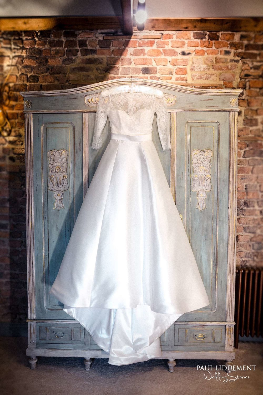 Paul-Liddement-Wedding-Stories-2.jpg