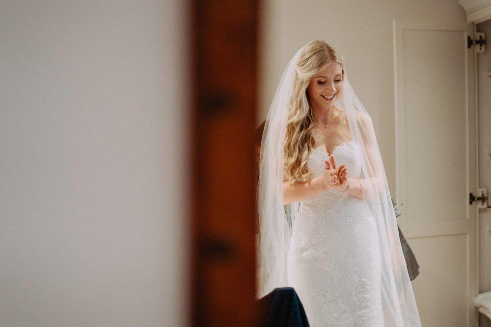 Wedding-Photographer-Healey-Barn-5.jpg