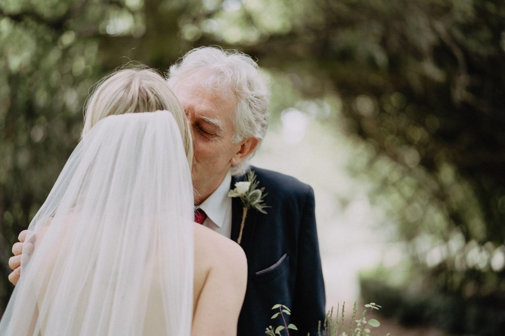 Wedding-Photographer-Healey-Barn-14.jpg