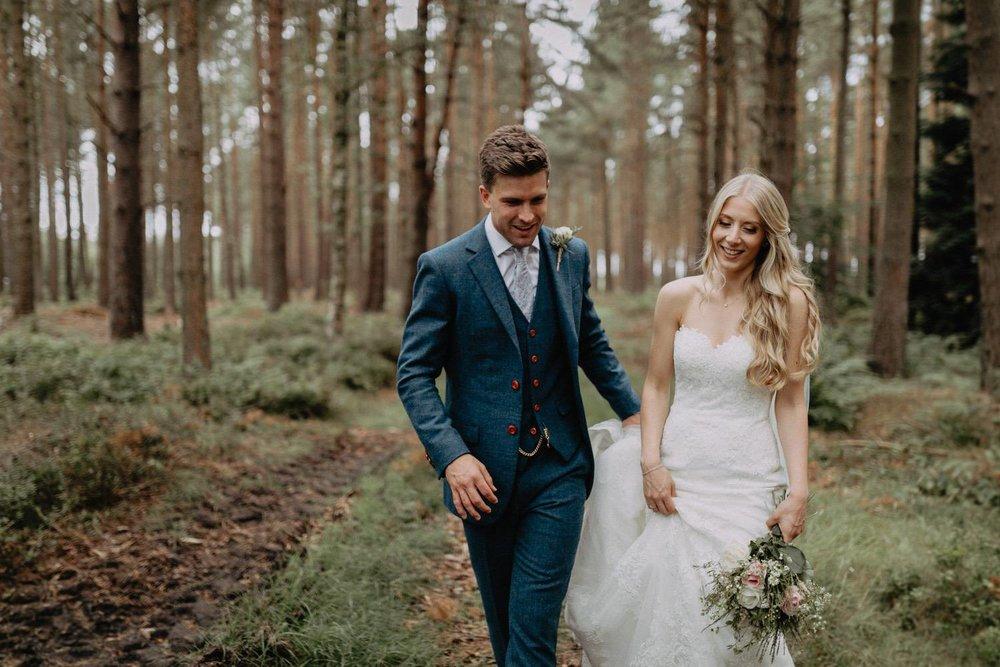 Wedding-Photographer-Healey-Barn-43.jpg