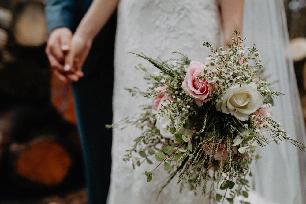 Wedding-Photographer-Healey-Barn-47.jpg