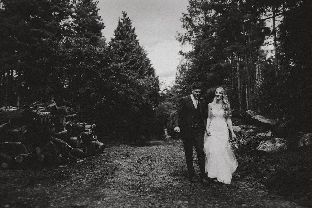 Wedding-Photographer-Healey-Barn-48.jpg