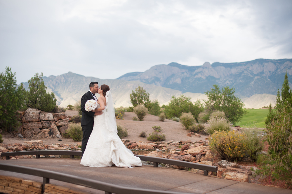 kayla kitts photography - sandia casino wedding-14.jpg