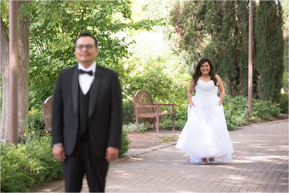 kayla kitts photography - albuquerque botanical gardens - albuquerque wedding photographer - albuquerque wedding - the banque lofts wedding_0002.jpg