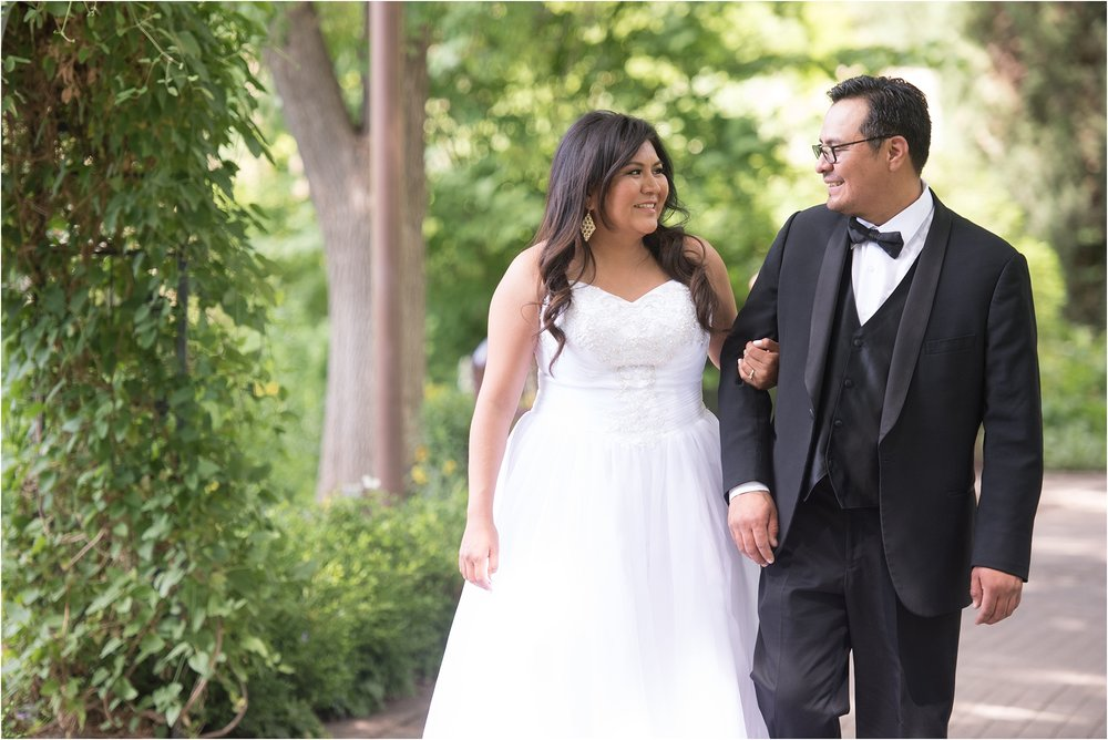 kayla kitts photography - albuquerque botanical gardens - albuquerque wedding photographer - albuquerque wedding - the banque lofts wedding_0006.jpg