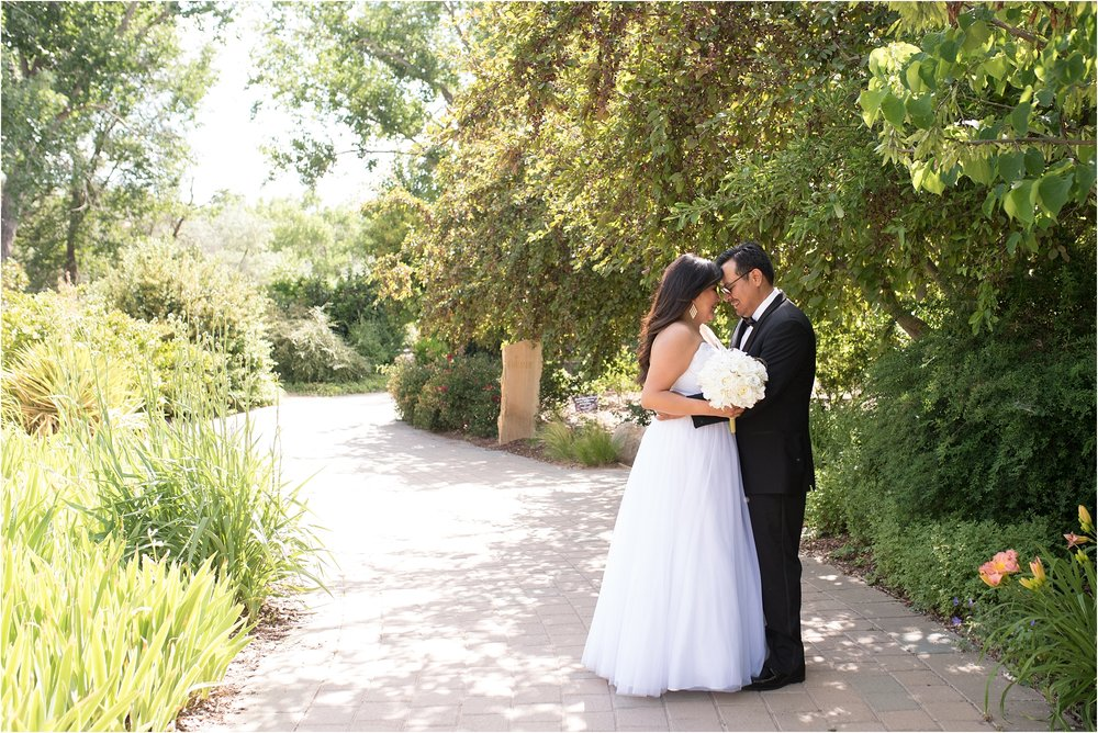 kayla kitts photography - albuquerque botanical gardens - albuquerque wedding photographer - albuquerque wedding - the banque lofts wedding_0010.jpg