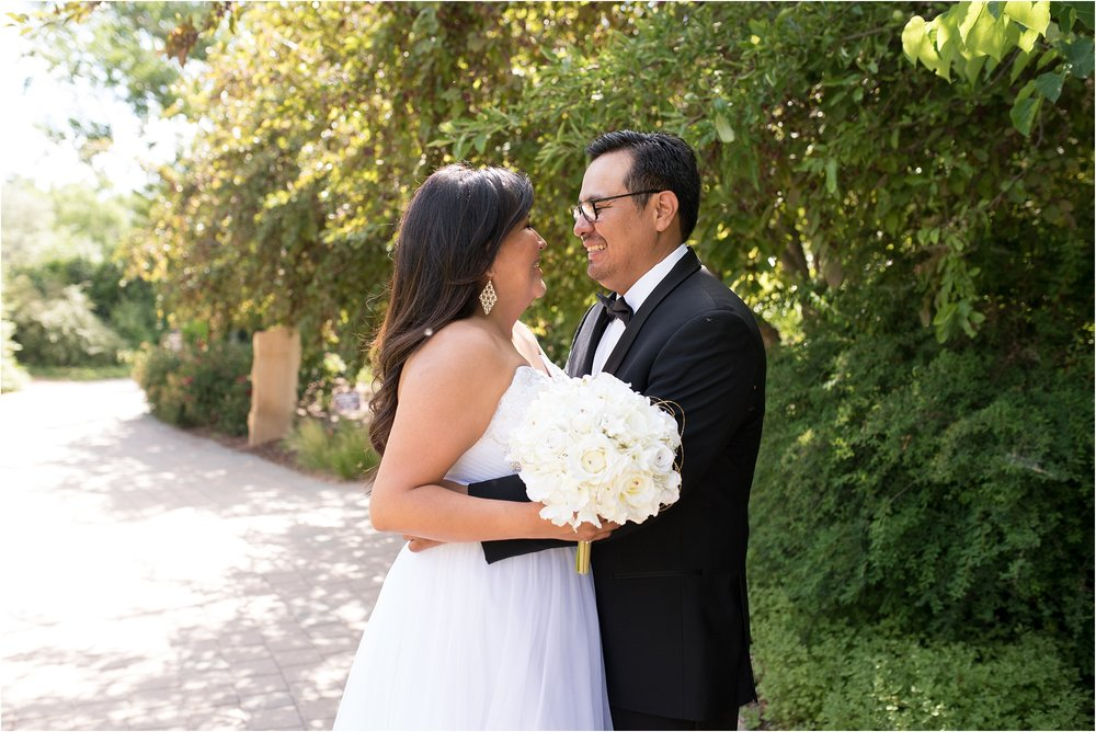 kayla kitts photography - albuquerque botanical gardens - albuquerque wedding photographer - albuquerque wedding - the banque lofts wedding_0011.jpg