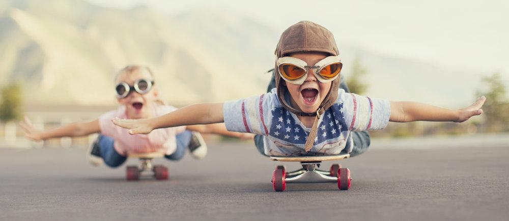 Kids_on_skateboards_iStock_78151051_MED_copy.jpg