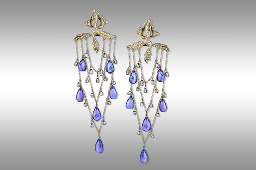 Drappo yellow gold earrings 18 ct. with diamonds and tanzanite