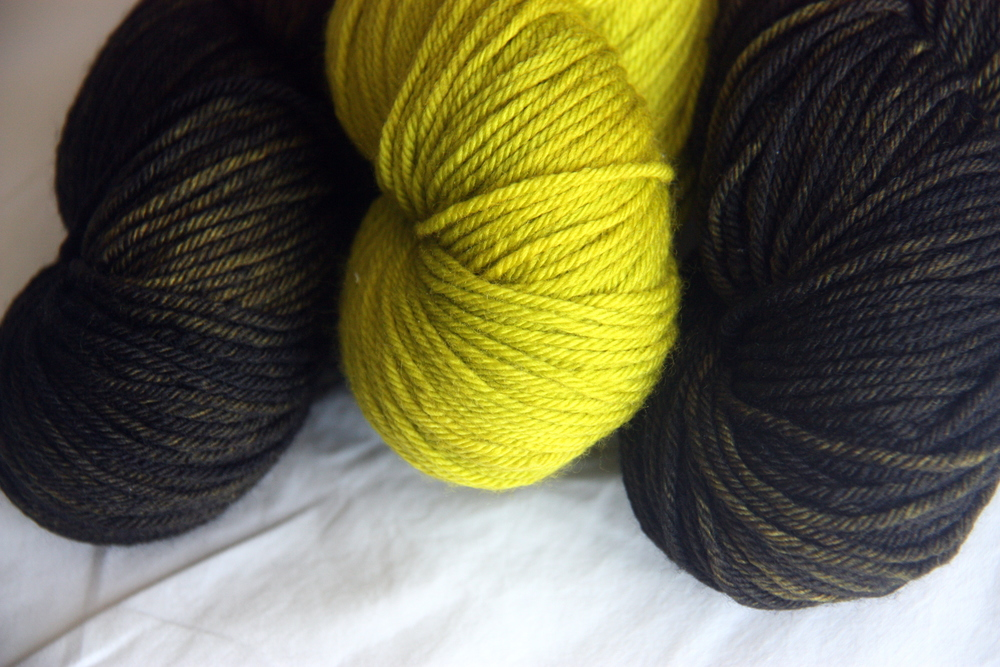 TUT Sport Merino in Hemlock and Advocat