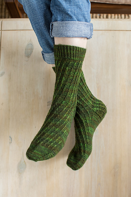 Chain Socks by Mone Drager