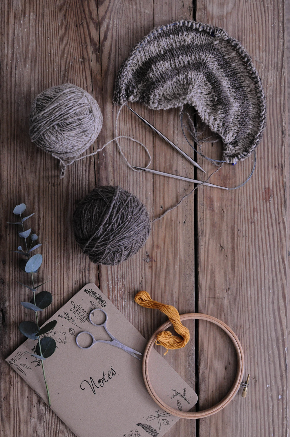 knitting flat lay