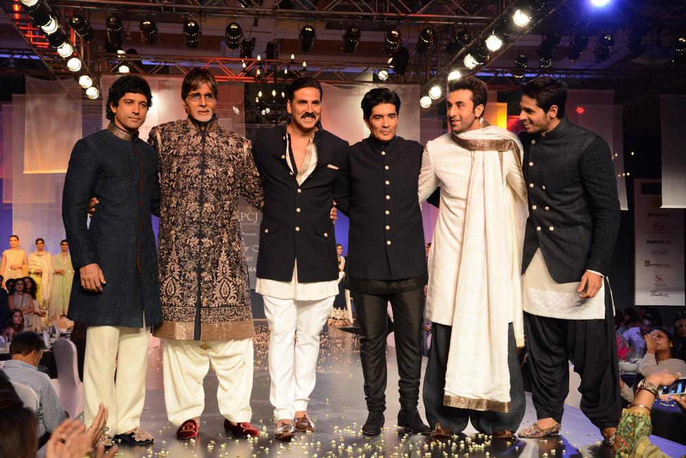 manish-malhotra-men-mijwan-06.JPG